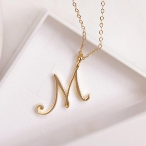 Cursive English letter 26 name Sign fashion lucky Monogram pendant necklace alphabet Initial mother friend family gift jewelry