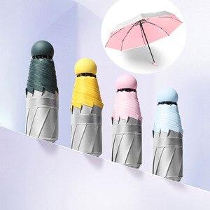 Image 1 - Miniaturowy Parasol kieszonkowy kobiety srebro tytan klej UV małe parasole deszcz kobiety wodoodporne mężczyźni słońce Parasol wygodne dziewczyny podróż
