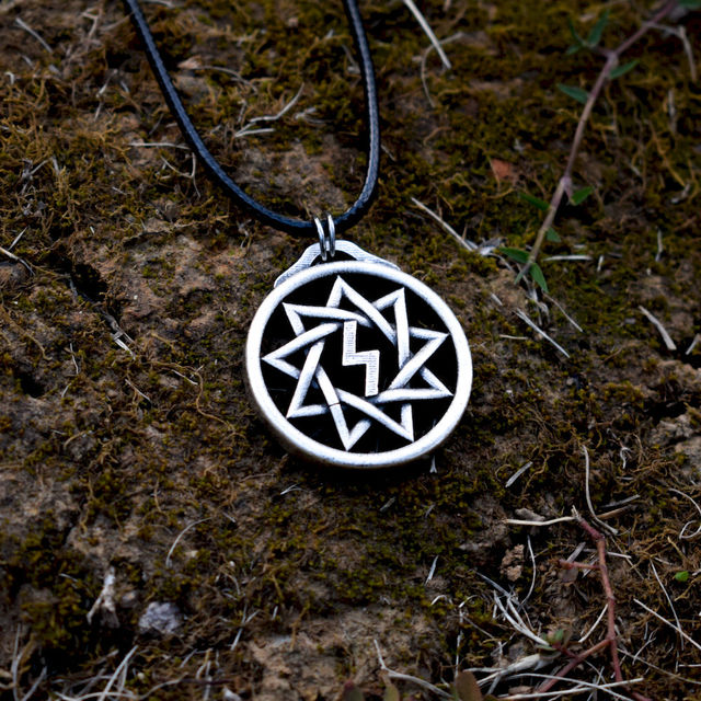 VIKINGS SLAVDOM RUNES NECKLACE