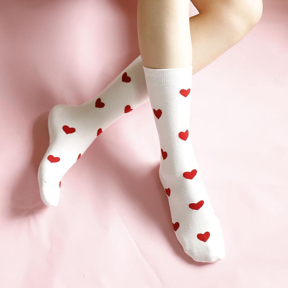 2019 Fashion Autumn Winter Warm Socks Heart Shape Pattern Harajuku Jacquard Funy Socks Women Girl Cotton Comfortable Socks
