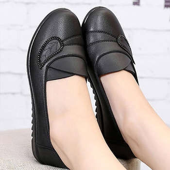 Leather shoes women slip on loafers lazy shoes rhinestone black female shoes autumn 2019 new arrival flat shoes women cresfimix zapatos de mujer women fashion pu leather slip on flat shoes female soft and comfortable black loafers lady shoes