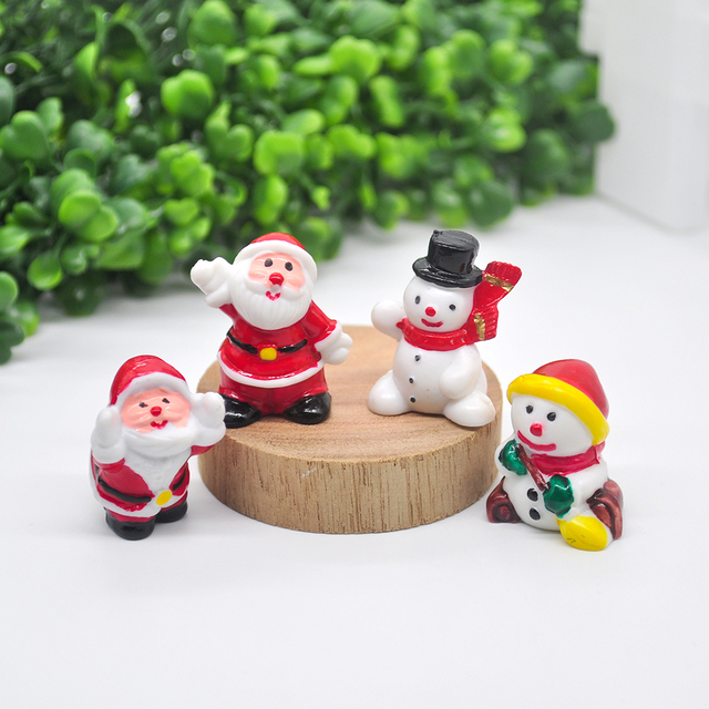 2020 Miniature Christmas Tree Santa Snowman Decoration Gift Miniature Garden Fairy Tale Character Home Table Decoration 2