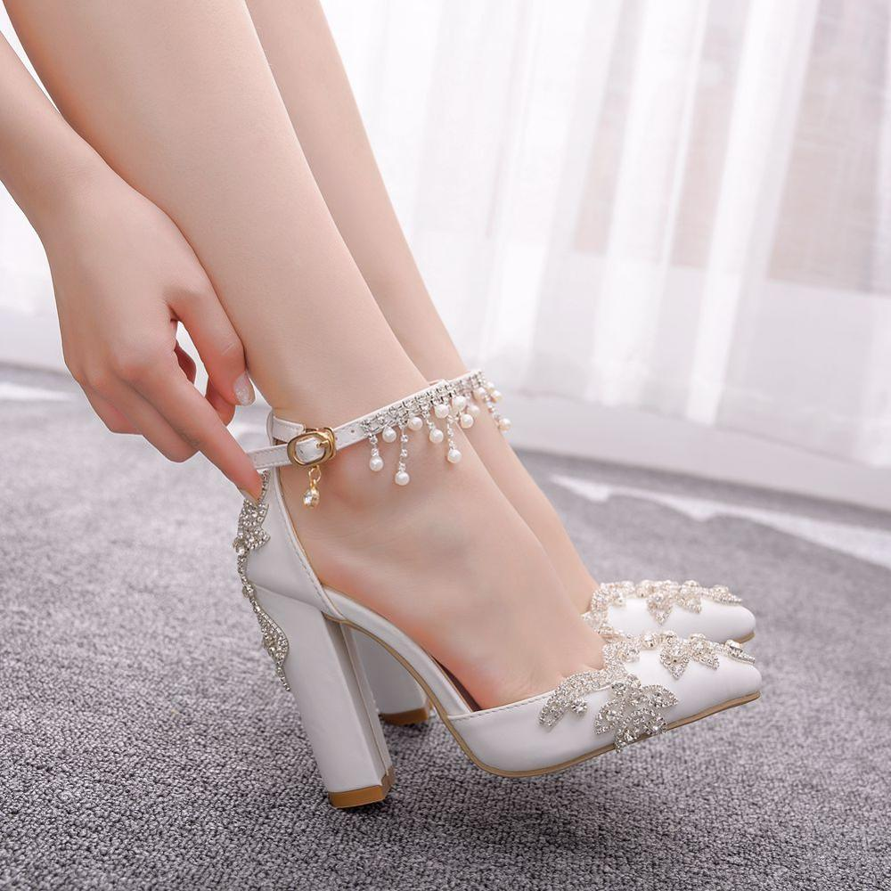 Crystal Queen Wedding Shoes Bride Heels Crystal Pumps Christmas Day Evening Party Luxury Square Heel Sandals Woman Shoes