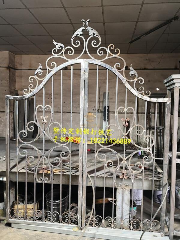 Hench 100% Handmade Forged Custom Designs Forged Iron Gates Hench-23
