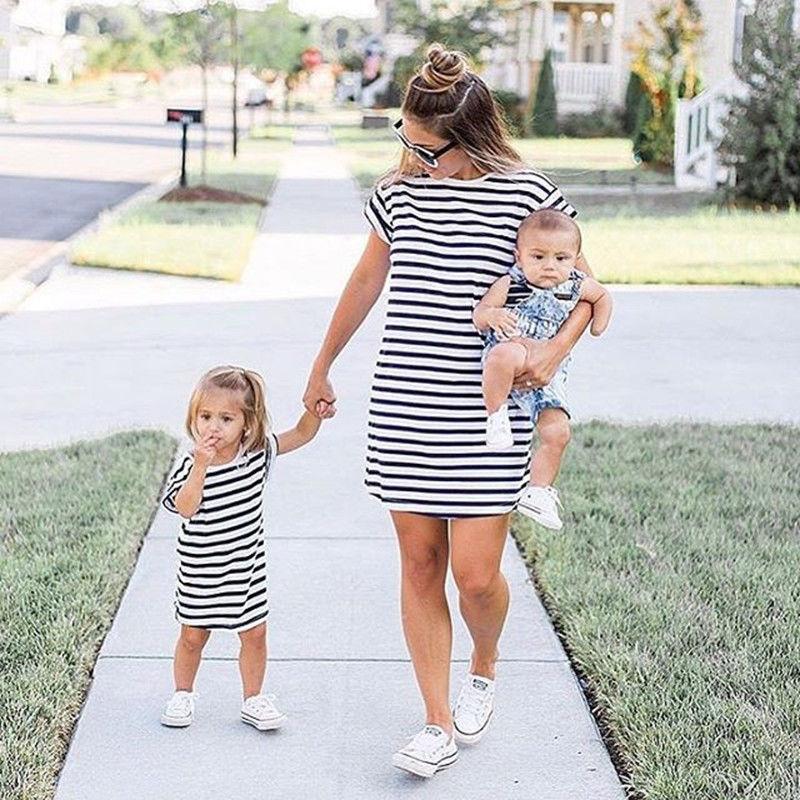 0-4T Summer Mother Daughter Dresses Family Matching Clothes Women Girl Short Sleeve Striped Beach Dress Vestidos Meisjes Kleding