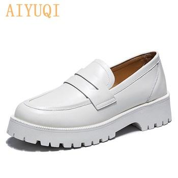 AIYUQI buty ze sprężynami damskie brytyjskie 2021 nowe grube podeszwy w stylu College mokasyny na co dzień oryginalne skórzane buty mody dziewczyny tanie i dobre opinie podstawowe Kwadratowy obcas CN (pochodzenie) Z dwoiny okrągły nosek Med (3 cm-5 cm) Dobrze pasuje do rozmiaru wybierz swój normalny rozmiar