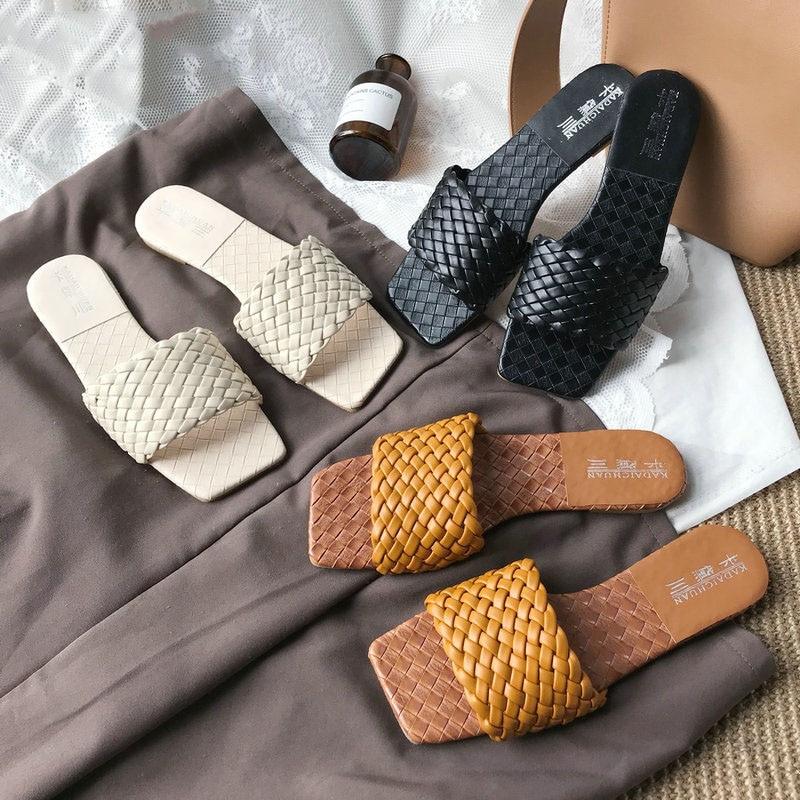 Shoes Women Slippers Weave Leather Flat Slides Ladies Sandals Summer Open Toe Sandals Outdoor Beach Flip Flops 2020 New Design