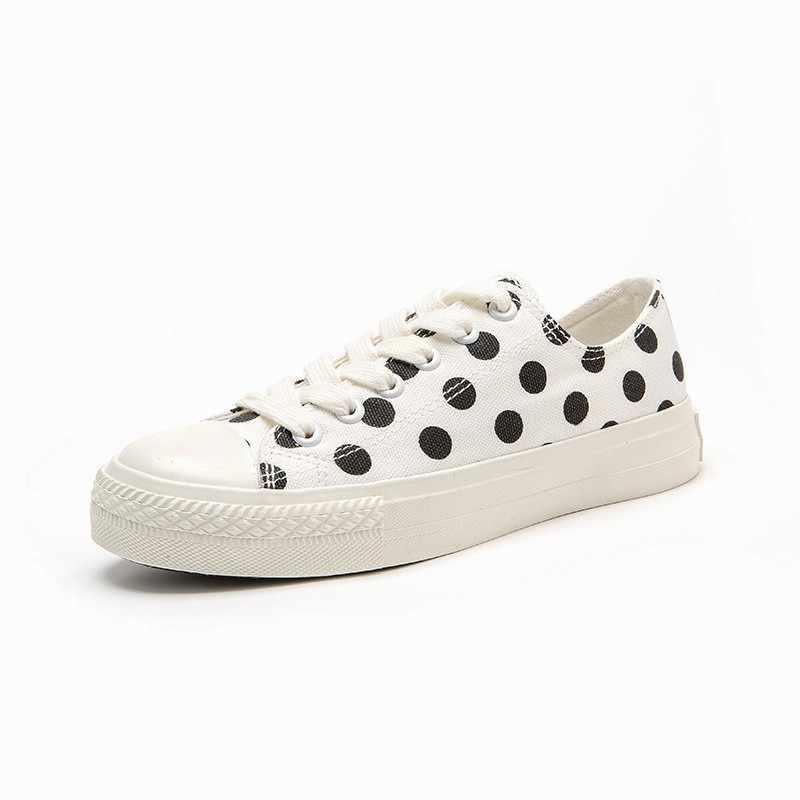 Studenti di Estate Delle Ragazze Del Puntino di Polka Stampato Carino Scarpe di Tela Delle Donne Appartamenti Casual Sneakers Lace Up Harajuku Streetwear Lace Up Scarpe