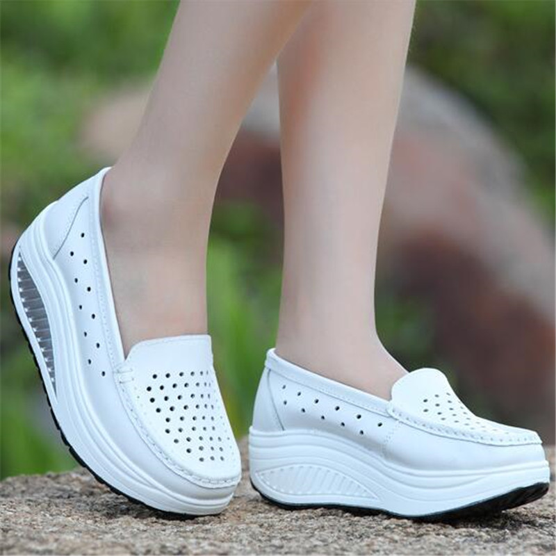 Spring Summer Breathable Hollow out White Platform Wedge Outdoor Sport Shoes Women Slimming Swing Sneakers Nurse Work Shoes