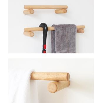 Wieszak na ręczniki z litego drewna organizator do łazienki i kuchni półka drewniany wieszak na ręczniki klej przykręcany uchwyt na ręczniki tanie i dobre opinie wood Krótkie Pojedyncze NONE CN (pochodzenie) Polerowane Wieszaki na ręczniki 50 cm Towel Shelf Wood Towel Rack Bar