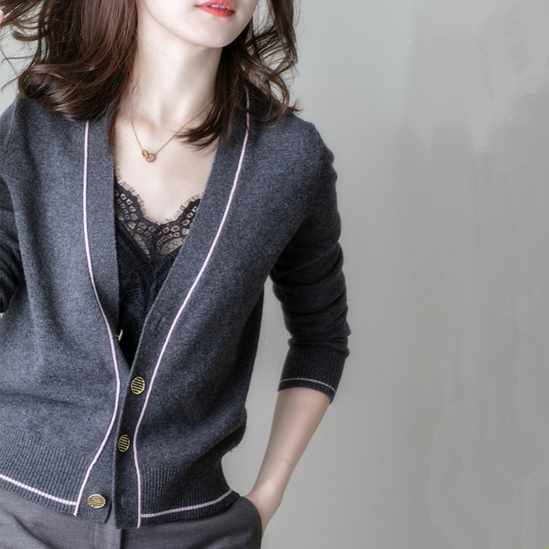 FRSEUCAG Autumn New Wool Cardigan Female V-neck Short Fashion Temperament Knit Sweater Slim Long-sleeved Jacket Sweater Shipping