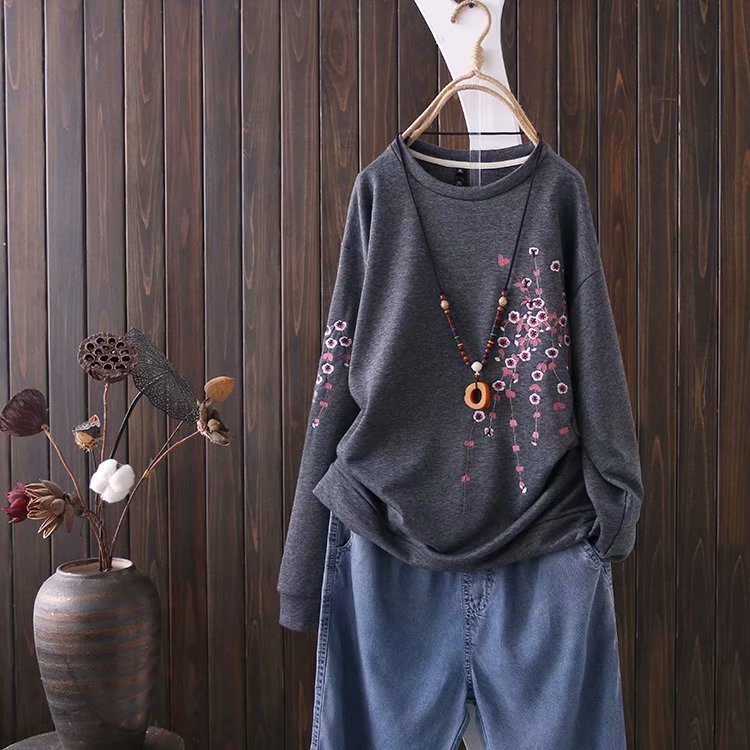 Floral Embroidery Long Sleeve O-Neck Sweatshirt 3