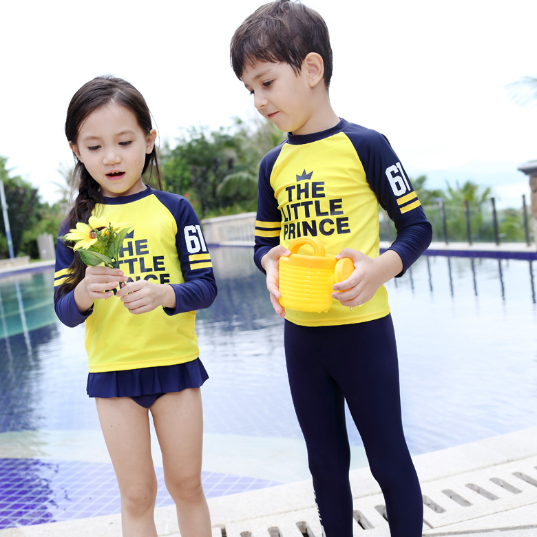 Korean-style New Style CHILDREN'S Swimsuit Men And Women Children Long Sleeve Two-piece Swimsuits Lettered Bathing Suit
