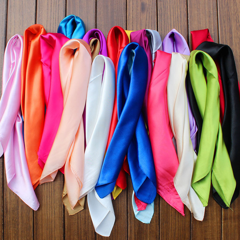 50 * 50cm Candy Colors Women Silk Scarf Fashion Shawl Head Covering Ladies Professional Small Squares New Design Silk Scaves