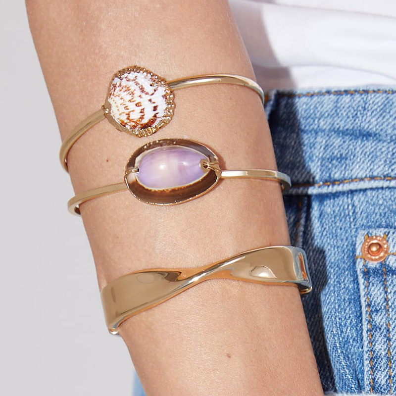 Lukeni 2019 Fashion New Gold Color Big Cowrie Shell Alloy Bangles Bracelet For Women Bohemian Beach Seashel Jewelry