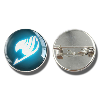 SilverColour/Bronze brooch Fairy Tail Fate Stay Night Anime Game brooches Saber Archer Assassin Rider Logo Cosplay image