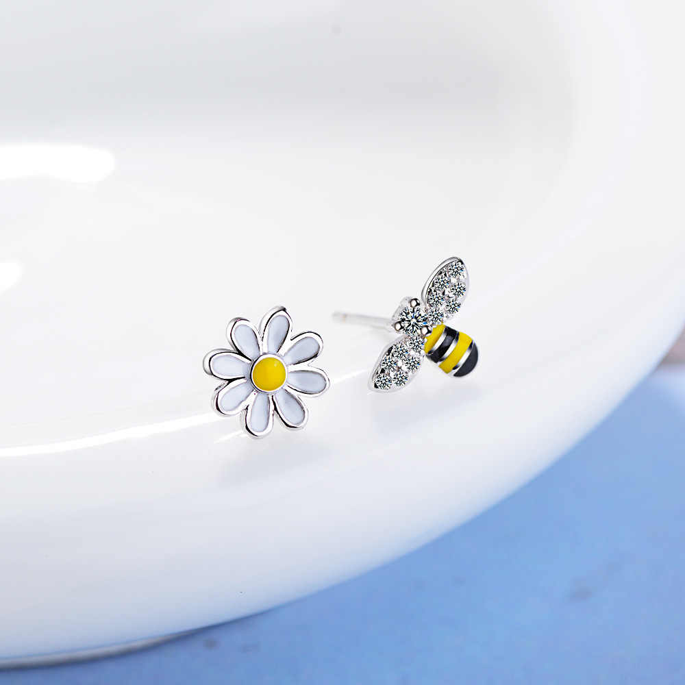 CHENGXUN ผึ้งสีเหลืองต่างหูหญิงน่ารักสัตว์ Sunflower Charm ต่างหูเครื่องประดับเด็กวันเกิดของขวัญ