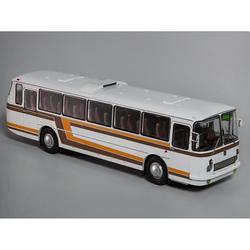 Масштабная модель 699Р белый, с цветными полосами 1:43 Classicbus автобус игрушка ретро советский