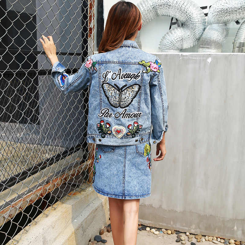 Celana Jeans Musim Gugur Musim Dingin Wanita Mantel Baru Butterfly Patch Bordir Wanita Jaket Fashion Denim Rok Dua Potong Setelan (Mantel + rok) C