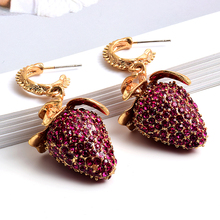 New Arrive Full Rhinestones Metal Strawberry shaped Drop Earrings Fashion Trend Crystals Jewelry Accessories For Women