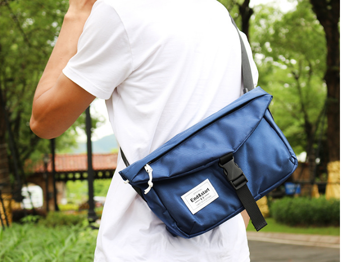Fresh Style Men Envelope Briefcase Fashion Exquisite Mens Casual Small Commuter Cloth Bag All-match Work Bags Bolso Hombre DF351