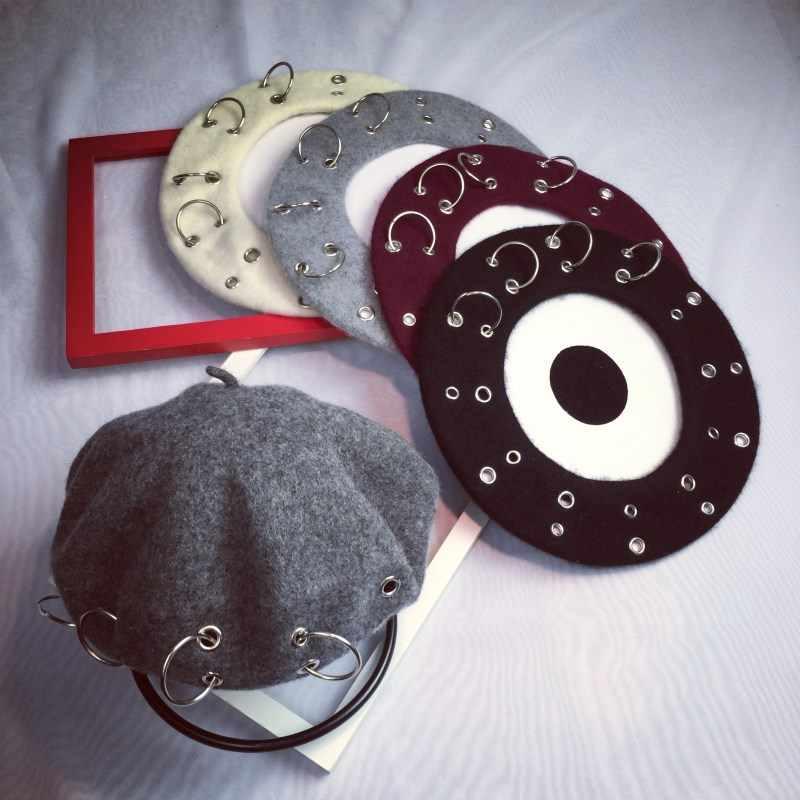 ฤดูหนาวใหม่ Harajuku Berets ผู้หญิงสาว Punk ROCK สไตล์แหวนเหล็ก Beret หมวก Retro หมวกขนสัตว์ขนสัตว์สีดำจิตรกรหมวกแฟชั่น