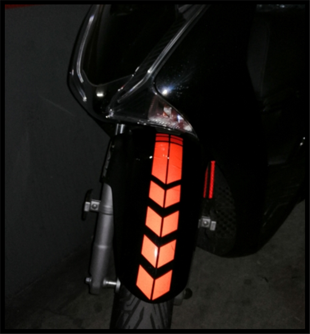 1PCS motorcycle <font><b>sticker</b></font> accessories fender tank arrow decal for KTM Bajaj PulsaR 200 NS 1190 AdventuRe R 1050 RC8 <font><b>Duke</b></font> image