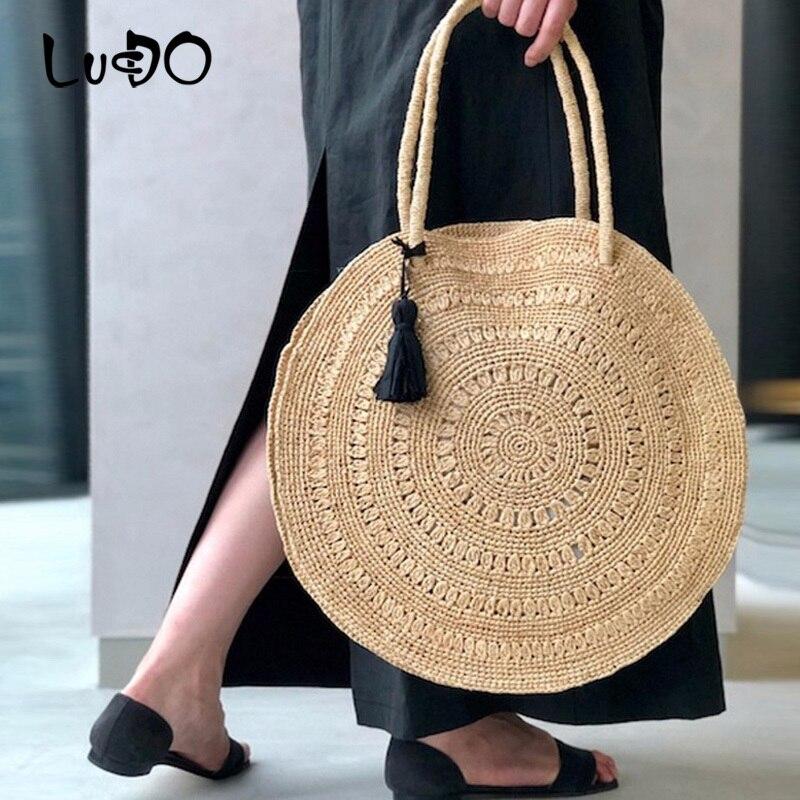 Handmade Tassel Beach Bag Fashion Casual Tote Bag Female Messenger Bag Ladies Cross Body Bags New Chic Handmade Straw Handbags