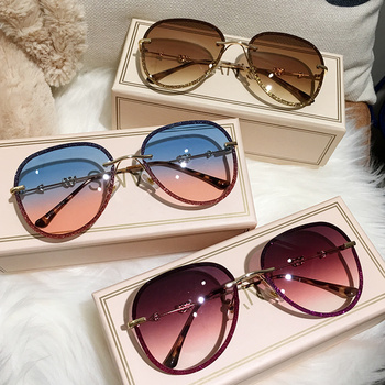 Rhinestones Gradient Women Sunglasses 1