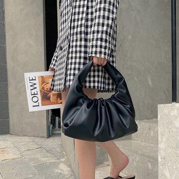 Moda mujer Hobos bolsos dumpling alta calidad fruncido almohada de hombro bolsa para mujeres bolsa nube PU cuero suave bolso de verano