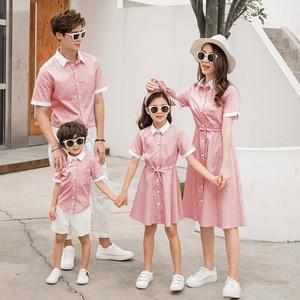 2020 семейный вид, летние платья для мамы и дочки, как отец, рубашки для сына, папа и мини-я, блузка, футболки, одежда для мамы и дочки
