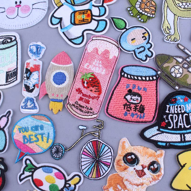 Japan Bottle Patch Cartoon Iron On Patches For Clothing Childs Garment Accessories Apparel Sewing Cat And Dog Patch Stripes DIY