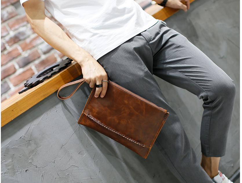 Exquisite Fashion Men Envelope Briefcase Retro Elegant Urban Mini Bag All-match Leather Mens Work Bags Bolso Hombre DF285