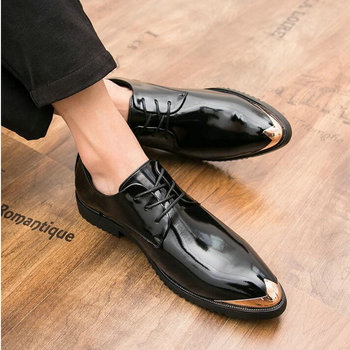 Luxury Brand  Fashion Men Dress Shoes Leather Brogue Mens Flats Shoes Casual patent leather wedding Business shoes gh7