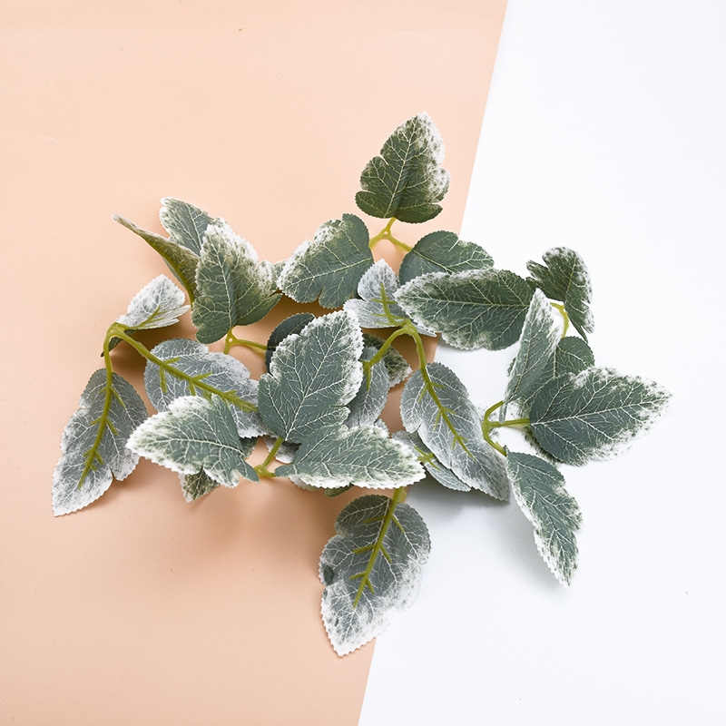 10/30 Pieces Silk Green Leaf Artificial Plants Wholesale Wedding Decorative Flowers Wreaths Christmas Decorations For Home Bridal Accessories Clearance Craft Leaves Festive Supplies Navidad Diy Gift Candy Box Scrapbook