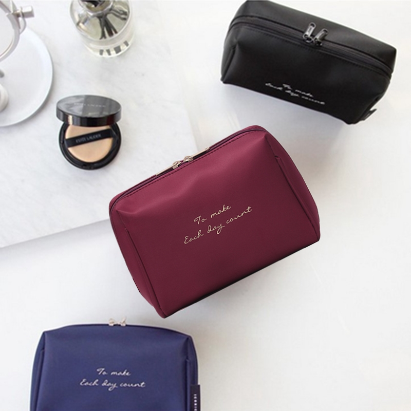 1Pc Solid Color Cosmetic Bag Women Makeup Bag And Case Professional Nylon Travel Makeup Bag Organizer Kits Storage Pouch