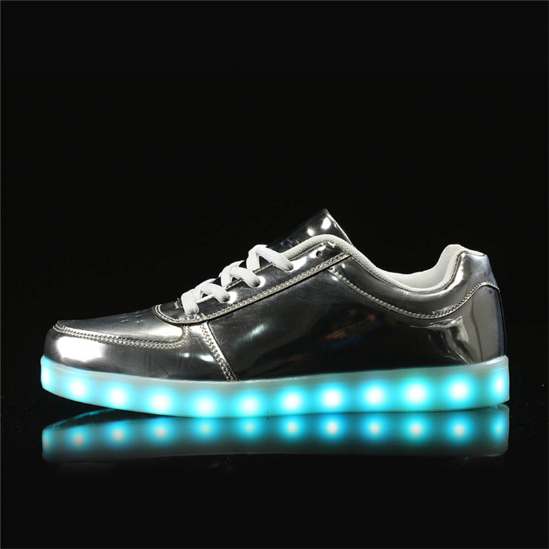IGxx LED Light Up Shoes Light For Men LED Sneakers USB Recharging LED Shoes LED Women Glowing Luminous Flashing Shoes Kid Silver
