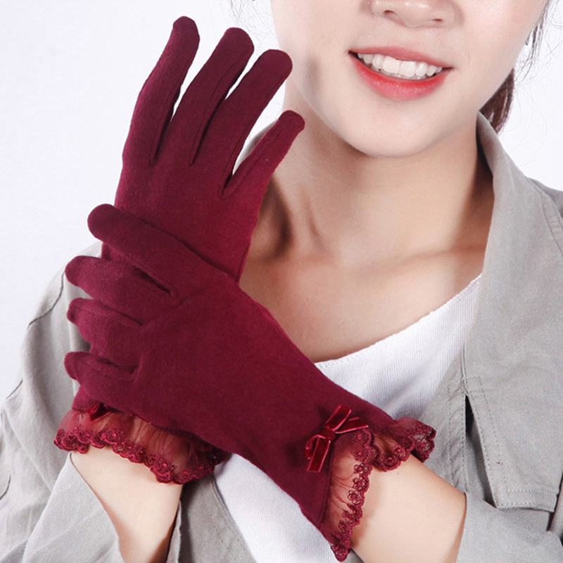 New Fashion Touch Screen Warm Lace Gloves Women Elegant Autumn Winter Long Full Finger Glove Mittens Bow Decorations Guantes