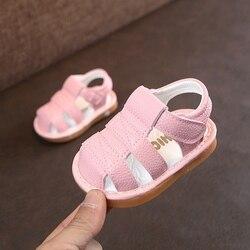 Sandalias de recién nacidos para niños y niñas, sandalias de moda de fondo suave para niños pequeños, zapatillas de cuero para bebés, sandalias de verano