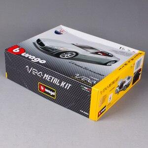 Image 4 - Maisto Bburago 1:24 Gt Gran Turismo Montage Diy Racing Diecast Model Kit Auto Speelgoed Kinderen Speelgoed Originele Doos Gratis Verzending