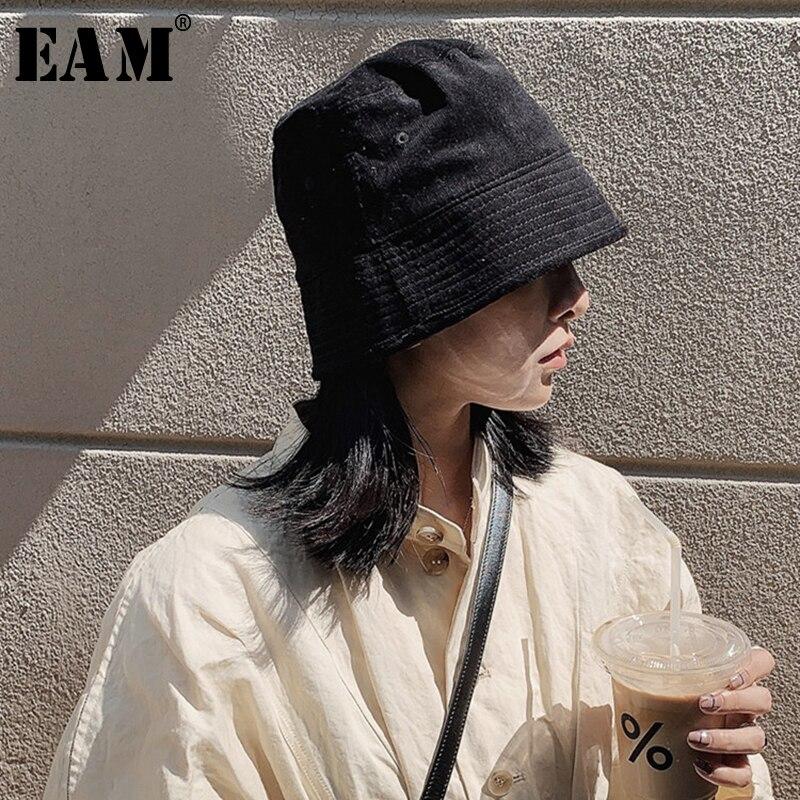 [EAM] Women Corduroy Causal Simple Fishermen Hat New Round Dome Temperament Fashion Tide All-match Spring Autumn 2020 1B088