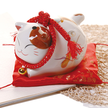 6 inch lucky cat ceramic home decoration creative business fortune telling gift Jinyun cat piggy bank Feng Shui crafts