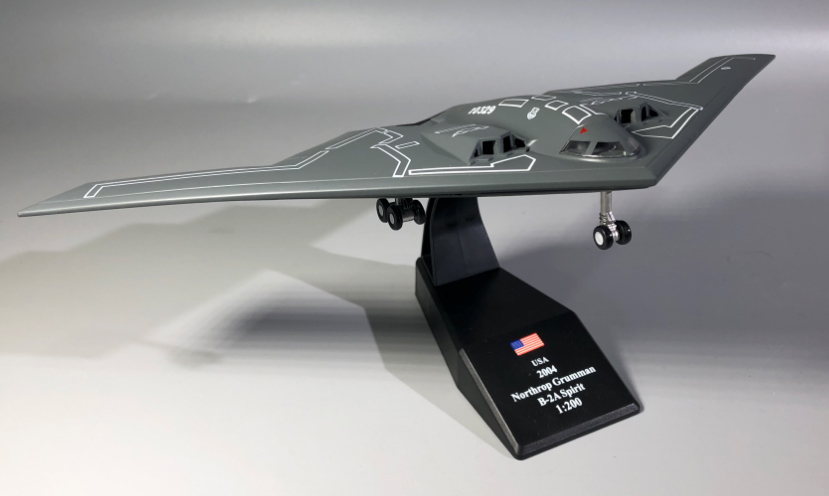 1:200 1/200 Scale US B 2 Spirit Stealth and Strategic Bomber Diecast Metal Airplane Plane Aircraft Model Toy