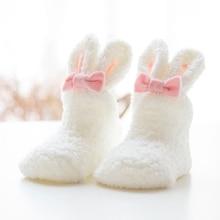 Новые бархатные носки кораллового цвета для новорожденных; сезон осень-зима; толстые носки для малышей с объемными кроличьими ушками; милые детские носки с кроликом для девочек