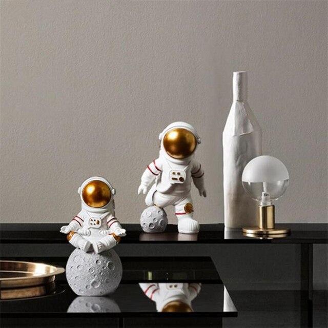 European Astronaut Statue Home Character Sculpture Cosmonaut Hero Office Decor Miniatures Model Creative Figure Figurines Crafts 5