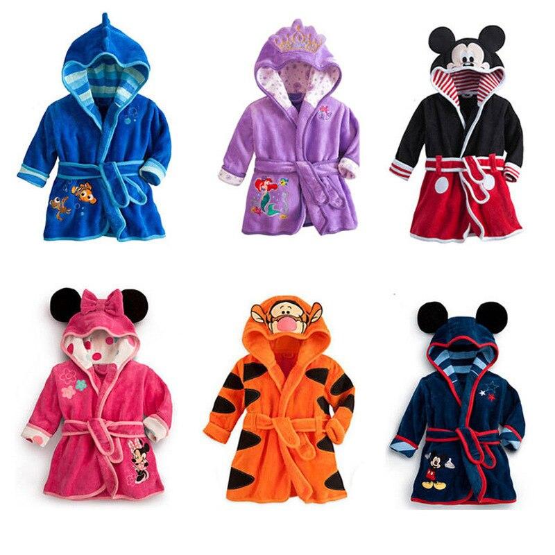 Children's Bathrobe Cartoon Minnie Mickey Hooded Bathrobe Baby Long Sleeve Robe Pajamas Flannel Lovely Animal Bathrobe Kid Robes