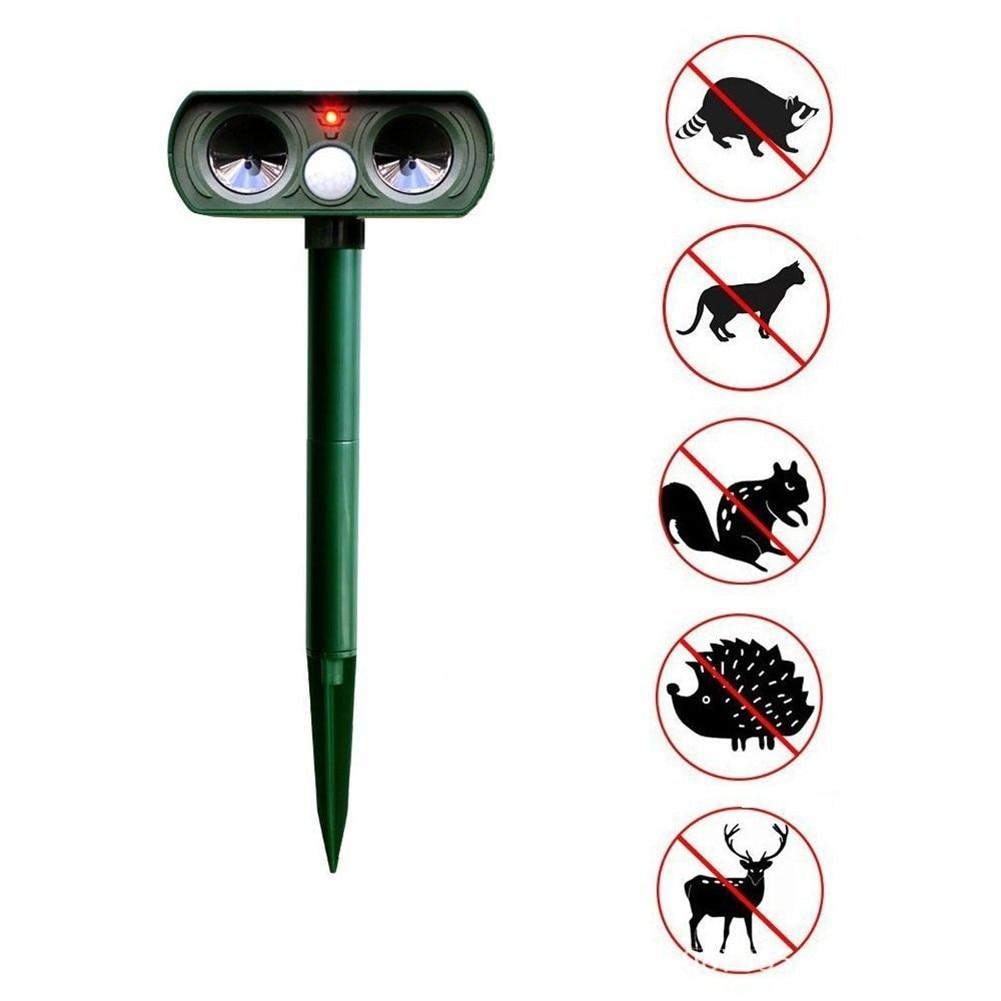 Solar Powered  Animal Repeller Outdoor Garden  Waterproof Ultrasonic Animal Drive Repeller Repeller Bird Snake Dog Cat Repeller