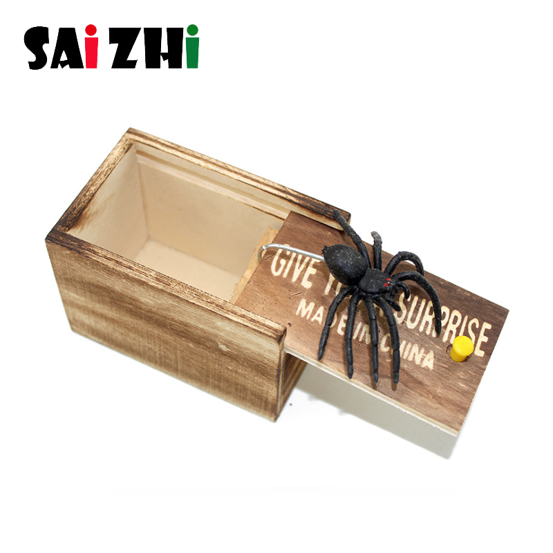 Saizhi April Fool's Day Gift Wooden Prank Trick Practical Joke Home Office Scare Toy Box Gag Spider Kids Funny Gift