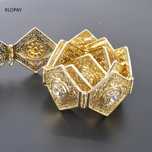 Image 4 - RLOPAY New Moroccan Fashion Kaftan Belts Crystal Grown Belts for Women Arabic Gold Waist Chain