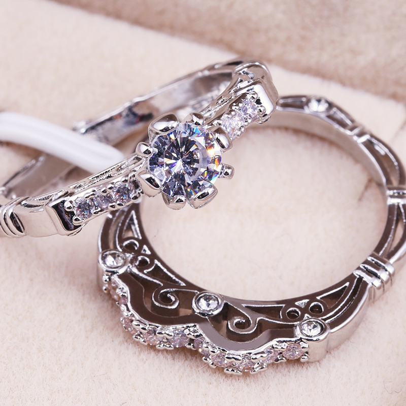 Huitan 2PC Wedding <font><b>Couple</b></font> <font><b>Ring</b></font> <font><b>Sets</b></font> With Classic Vintage Lucky Pattern Solitaire Prong Setting Engagement Women <font><b>Ring</b></font> <font><b>Sets</b></font> 2019 image